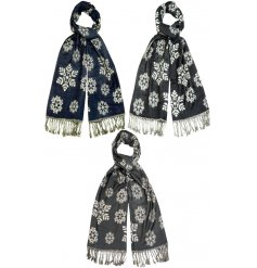 Wrap up and look fabulous in this snowflake design pashmina. The assortment includes 3 on trend seasonal colours.