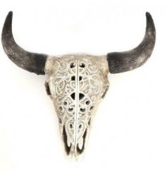 With native American influence this buffalo skull wall hanging is a true statement feature in the home.