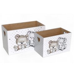 Keep your own baby bear organised with this adorable set of 2 storage boxes.