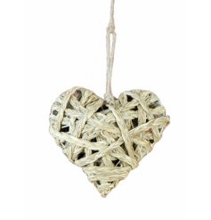 A chic woven straw hanging heart. A natural interior accessory.