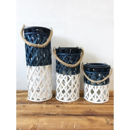 A chic two tone woven lantern in blue and white colours. Complete with a chunky rope handle.