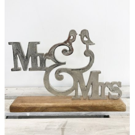 Mr and Mrs Sentiment Sign