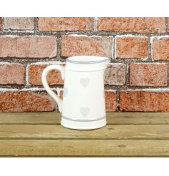 A beautifully simple Country Home inspired Jug featuring a smooth glaze finish and added heat prints