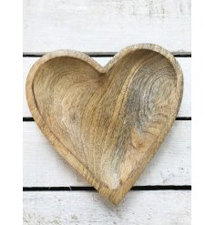 A beautifully crafted heart shaped wooden plate idea for displaying trinkets, treasures, nibbles and more!