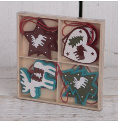 Bring a traditional touch to your tree decor at Christmas time with this charming set of wooden hanging decorations