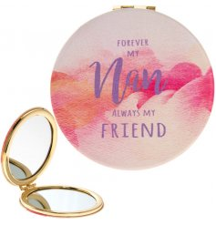 A stylish and bright watercolour design slogan compact mirror for Nan. A lovely sentiment gift item.