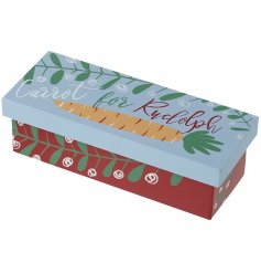 Fill this colourfully printed Wooden Box with a delicious looking carrot as a special gift for the most important reind
