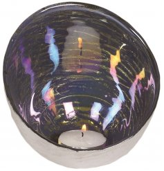 Stay on trend this season with this chic dome t-light holder with a multi-coloured lustre finish.