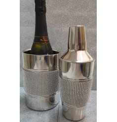 Keep your bottles cool in this diamond and glitter bottle holder. A unique and stylish gift item and kitchen essential.