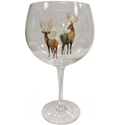 A chic gin glass with a contemporary stag design. A lovely gift item for gin lovers!