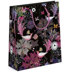 this Birds of Paradise inspired Gift Bag will be sure to bring presentation to any gift giving occasion
