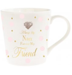 A pretty sentiment slogan mug for Nan. Complete with a sparkly heart gem.