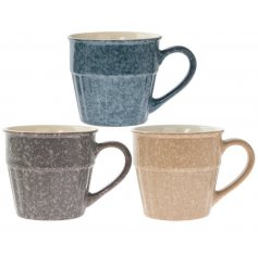 Enjoy your morning brew in this stylish glazed mug in classic earthenware colours. A lovely gift item.