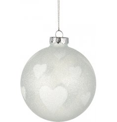 A pretty heart design bauble with plenty of glitter sparkle!