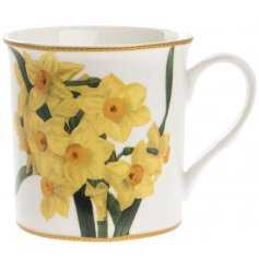 A fine quality yellow daffodil mug with gift box.