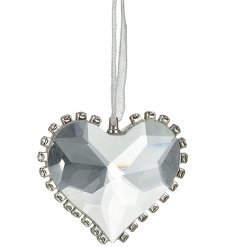 A glamorous glass heart decoration with a diamond effect finish.