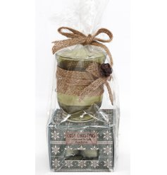 A charming festive themed gift set including a glass hurricane pot and scented tlights all wrapped up in a jute bow ti