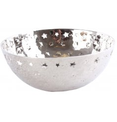 Bring a Wintery feel to your home decor this festive season with this round silver bowl set with cut star features and