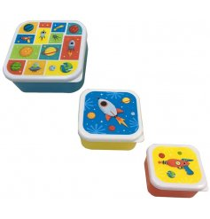 A set of 3 space design lunch boxes. Each size has a different colourful motif. Ideal for lunch on the go!