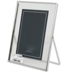 A simple yet beautiful glass picture frame complete with a silvered rim decal