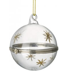 A simple yet chic hanging glass bauble featuring an added clasp for opening and closing