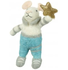 Adorable felt mouse Christmas decoration