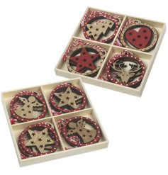 A mix of bauble shaped wooden decorations, with each showcasing a red and natural wooden festive image.