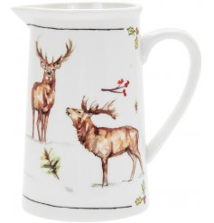 this  Fine china Jug with will be sure to add a festive winter touch to any coffee or dining table