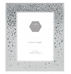 Bring a glittery shimmer to your home with this beautifully finished mirrored picture frame with an added falling star