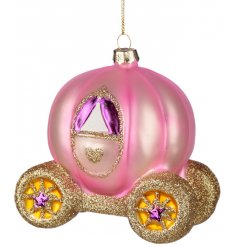 Add a magical Princess feel to any Tree decor at Christmas with this fabulous pink carriage bauble