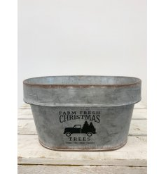 A rustic style metal planter with a Farm Fresh design. Ideal for seasonal plants, hampers and decorations.