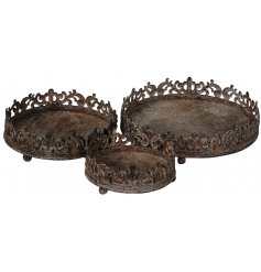 Bring an overly distressed charm to any home space with this assorted sized set of trays