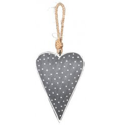 Bring a Nordic feel to your tree decor with this charmingly simple hanging metal heart decoration
