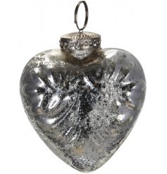 Bring a vintage luxe touch to your tree display at Christmas with this overly distressed silver toned glass bauble