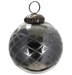 A gorgeously vintage themed glass bauble featuring a subtle pattern decal and smokey grey tone