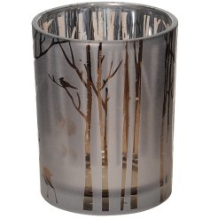 Illuminate your home with an added woodland charm with the help of this beautifully decorated tlight holder