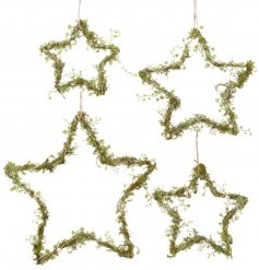 A charming set of 4 assorted sized iron based stars, each beautifully entwined with mistletoe