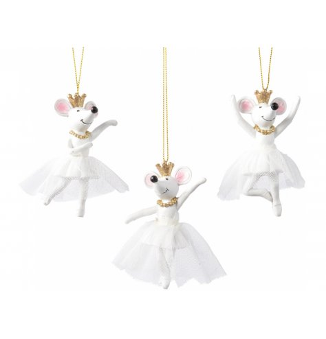 These adorable dancing ballerina mice bring together elements of Swan lake and the Nutcracker