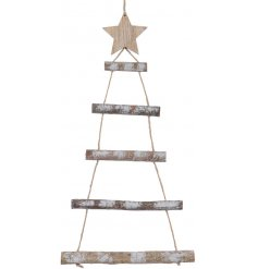Part of the cosy Winter Woodland theme, this tree hanger will look perfect with added LED lights and rustic accents