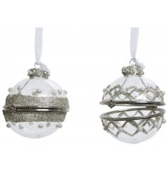 An assortment of 2 glass gift baubles with opening. Perfect for filling with a note, small gift or sweet treat.