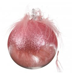 Shatterproof decoration with pink feathers inside. Complete with pink feathers, pink glitter and a gold cap.