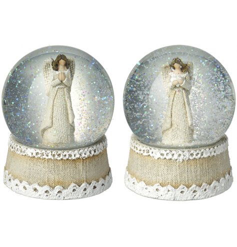 Hessian and lace effect snow globes with angels inside. A chic, seasonal decorative accessory in natural colours.