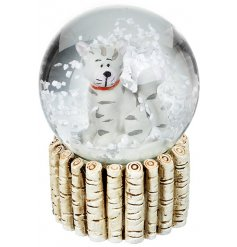 A sweet small cat snowglobe. A lovely Christmas accessory for a child.