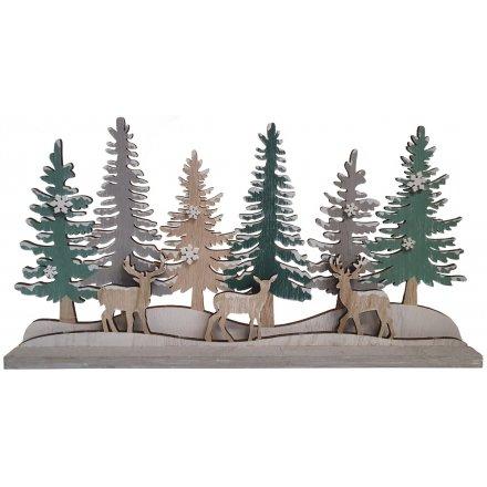 Woodland Tree and Reindeer Scene
