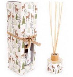 This sweetly scented reed diffuser is part of a delightful new range of Festive Homewares