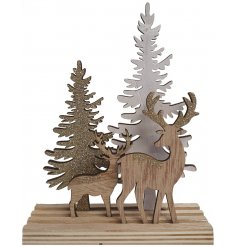 Bring a Woodland inspired touch to any home decor or display with this charming wooden forest scene