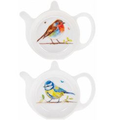 A mix of 2 tea bag tidy dishes decorated with watercolour robin and blue tit prints.