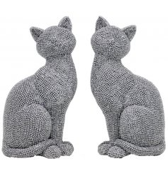 Bring a glitzy vibe to any home space with this charming mix of posed cats coated in sparkly bling accents