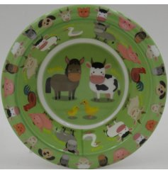 Covered in a farm animal illustrations, this little plastic bowl will be sure to entertain your little ones while they