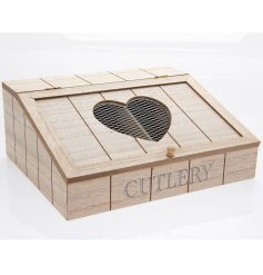 Keep organised with this natural wooden cutlery box, complete with an attractive mesh cut out design.
